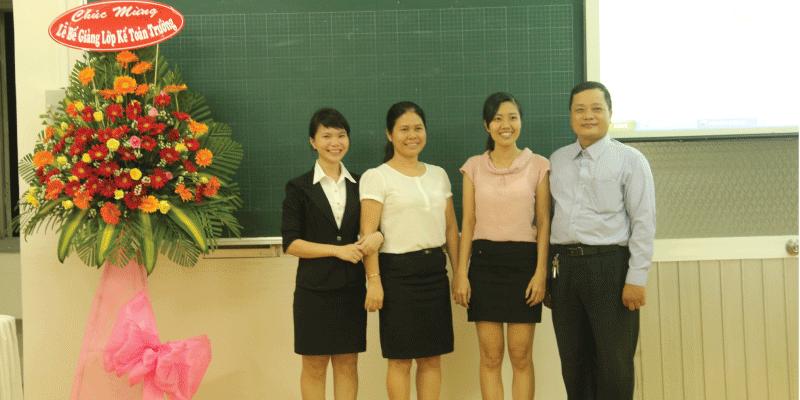 lễ bế giảng kế toán trưởng