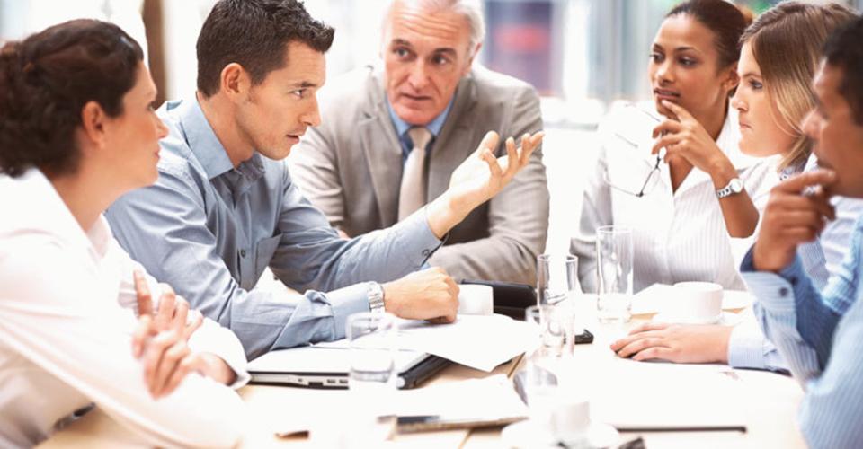 Quản trị nhân sự: Điều hòa mâu thuẫn giữa các thế hệ nhân viên